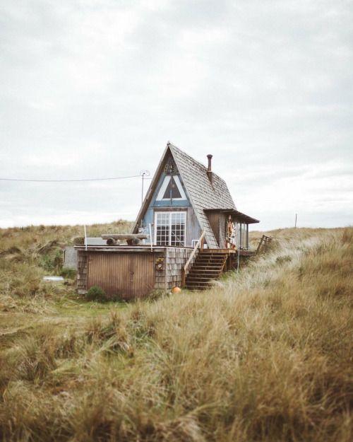 Дачный домик в стиле а фрейм